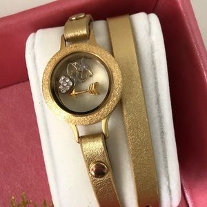 Origami owl Gold double bracelet wrap & locket